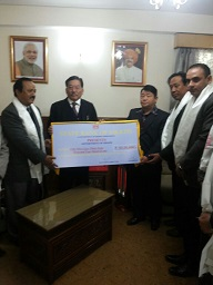 STATE BANK OF SIKKIM CHEQUE HANDOVER TO HCM ON 16.1.2017