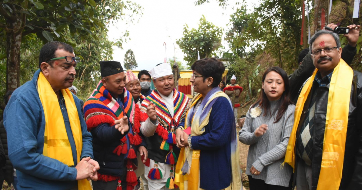 Government to examine and recommend granting of Scheduled Tribe status to the eleven left out communities