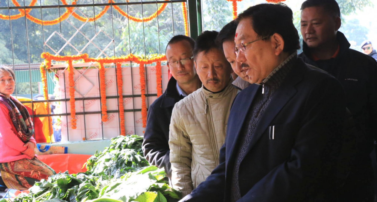 Honourable Chief Minister of Sikkim Shri Pawan Chamling today inaugurated the Cold Storage and Organic Farmers Market at Mangan
