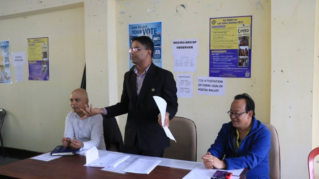 DEO/RO, North conducts meet for dispatch/receipt of polling materials and polling parties