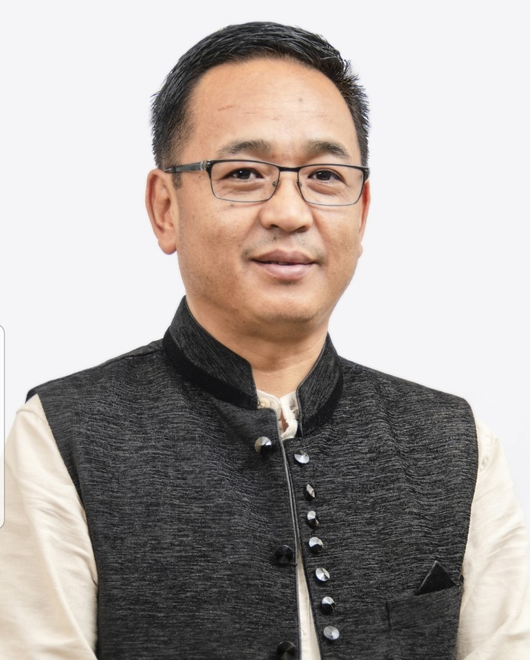 Hon'ble Chief Minister directs State Authority to help stranded tourists in North Sikkim