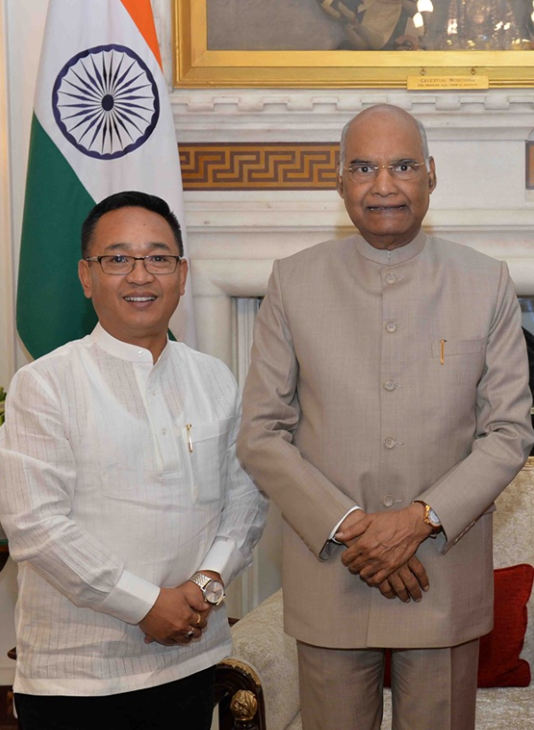 HON'BLE CHIEF MINISTER MEETS THE HON'BLE PRESIDENT OF INDIA SHRI RAM NATH KOVIND ON 13.06.2019