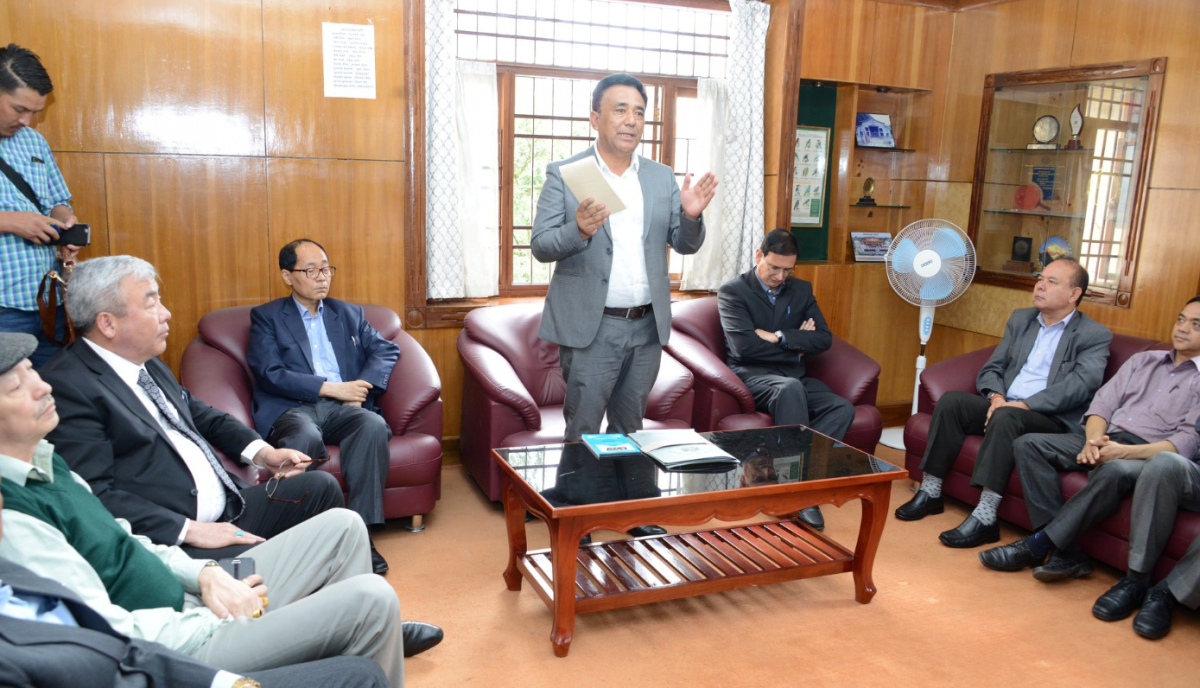 THE HON'BLE MINISTER FOR ENERGY AND POWER DEPARTMENT SHRI MINGMA NORBU SHERPA RECEIVED A WARM WELCOME AT THE OFFICE OF ENERGY AND POWER DEPARTMENT ON 6.06.2019