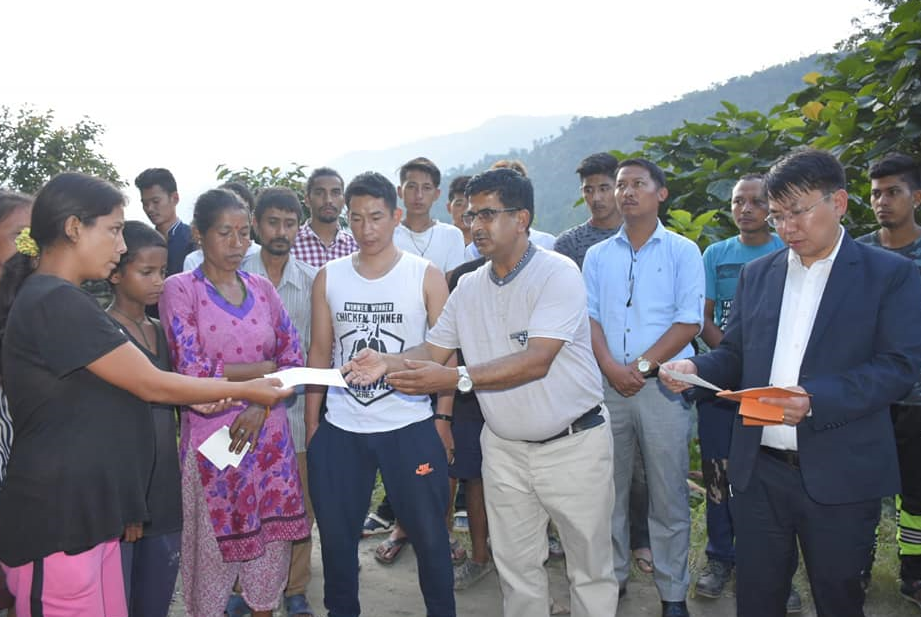 IPR MINISTER CUM AREA MLA SHRI. L N SHARMA DISBURSES IMMEDIATE EXGRATIA RELIEF TO THE VICTIMS AFFECTED BY LANDSLIP AT BERFOK WEST SIKKIM ON 6.06.2019