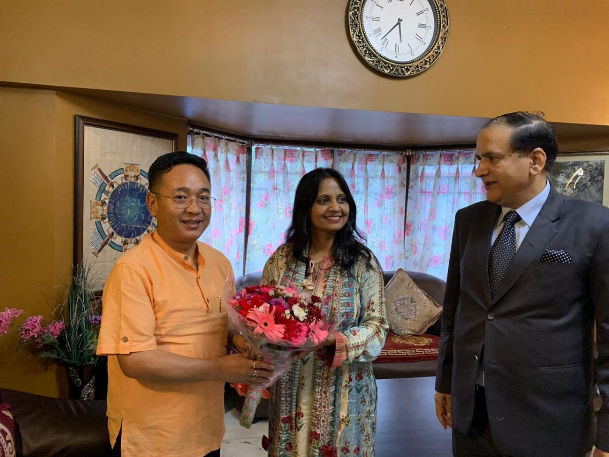 Director General of Doordarshan calls on Hon'ble Chief Minister