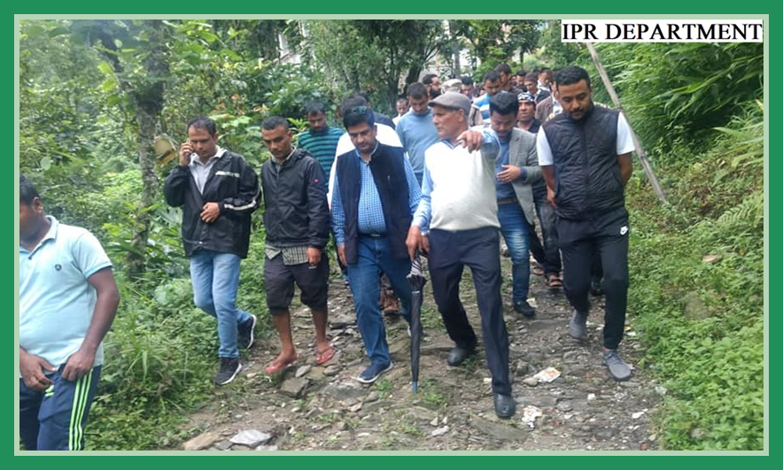 MINISTER IPR VISITED THE AREAS OF GYALSHING BAZAAR ON 14.07.2019