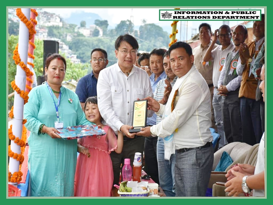 DISTRICT LEVEL 73RD INDEPENDENCE DAY WAS KICKED OFF AT KYONGSA GROUND GYALSHING ON 4.08.2019
