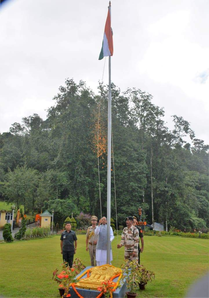 Hon'ble Governor unfurls the tri-color at the lawns of New Raj Bhavan