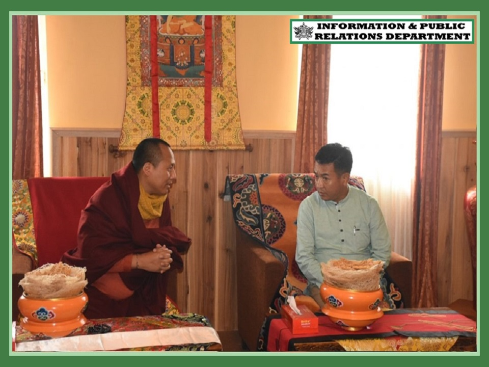 HCM CALLS ON H.E. SANGTER TULKU RINPOCHE, INTERACTS WITH GOVT EMPLOYEES OF RAVANGLA SUB-DIVISION ON 18.09.2019