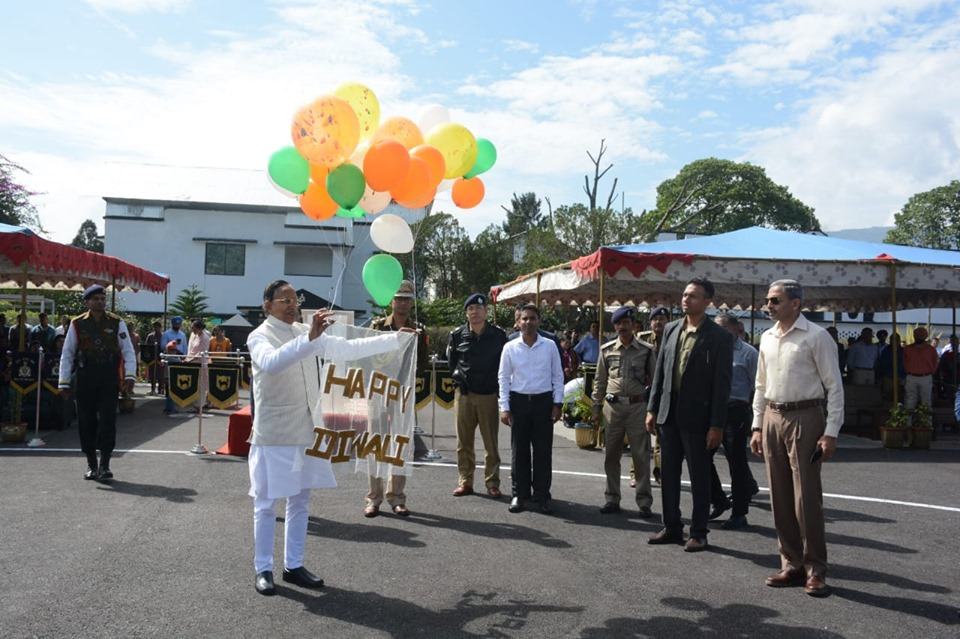 Hon'ble Governor Shri Ganga Prasad attended Diwali celebration programme at Libing Helipad