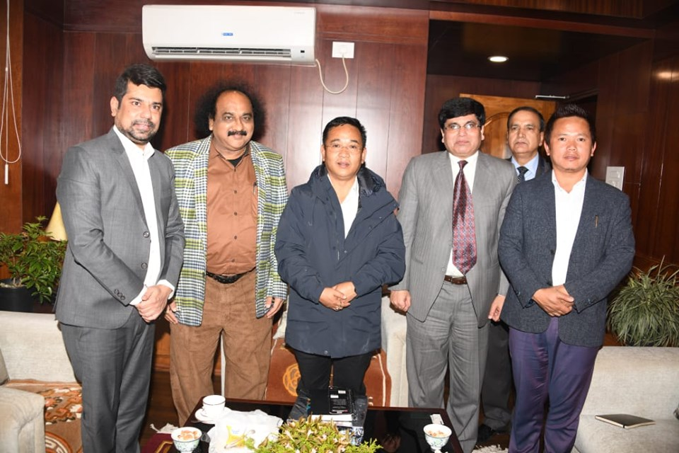 Chief Whip, Government of Gujarat Shri Pankaj Bhai Desai called on the CM of Sikkim Shri P S Tamang