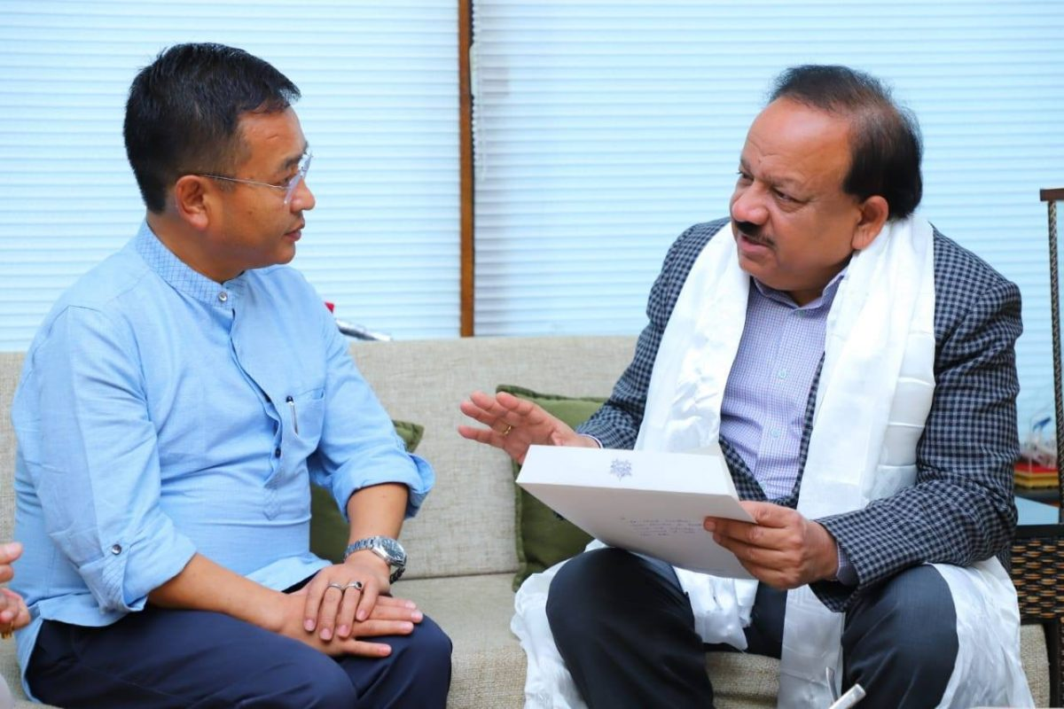 HCM Meets The Union Minister For Health & Family Welfare Dr Harsh Vardhan