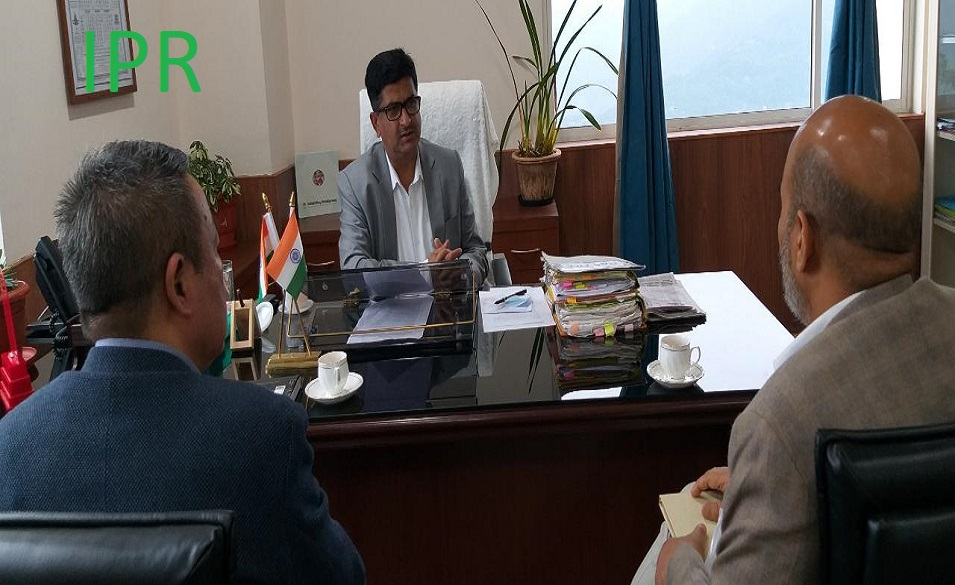 Hon'ble Minister Shri Lok Nath Sharma convened a meeting with the General Manager and Office-in-Charge