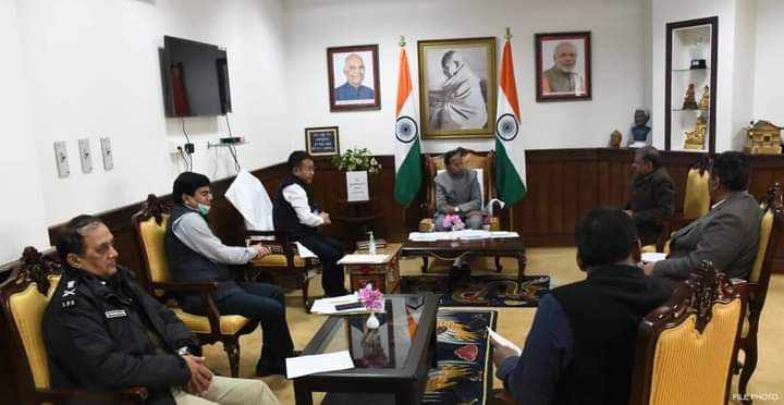 The Hon'ble Governor called on a meeting at Raj Bhawan