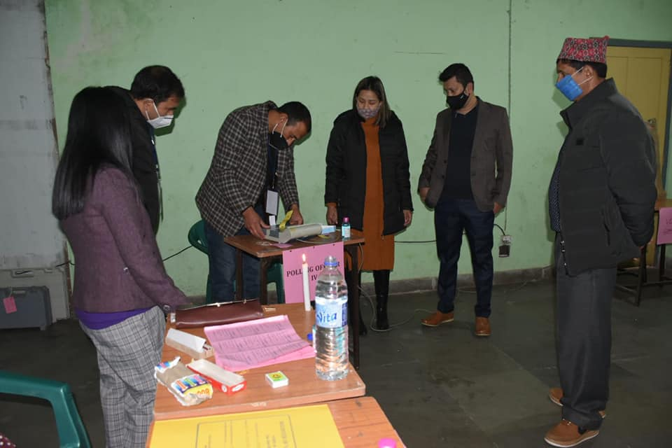 Voters under 06-Gyalshing Nagar Panchayat cast their votes for Municipal Election 2021