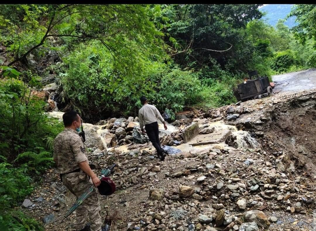 Inspection of damages at Kerabari, Chalisey and Melli Bazaar
